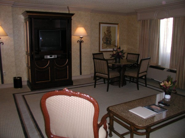 Las Vegas Hotel Room Pictures Golden Nugget