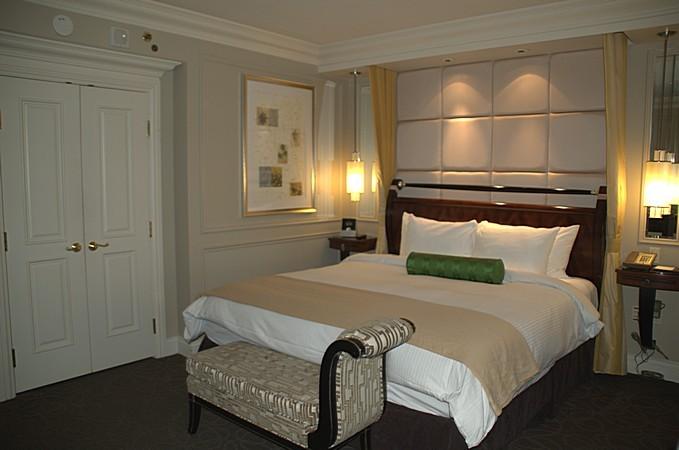 Venetian Room Hotel